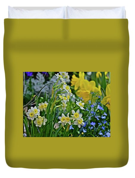 Duvet Cover featuring the photograph Spring Show 18 A Sea Of Daffodils by Janis Nussbaum Senungetuk