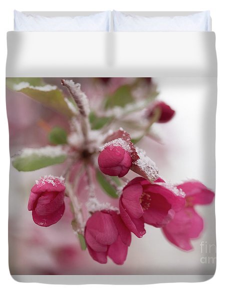 Duvet Cover featuring the photograph Spring Snow by Ana V Ramirez