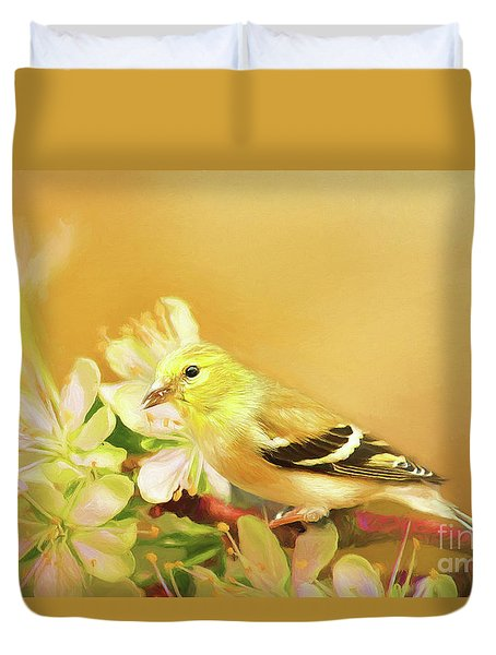 Duvet Cover featuring the photograph Spring Song Bird by Darren Fisher