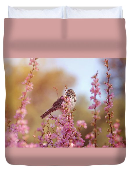Duvet Cover featuring the photograph Spring Sparrow by Lynn Bauer