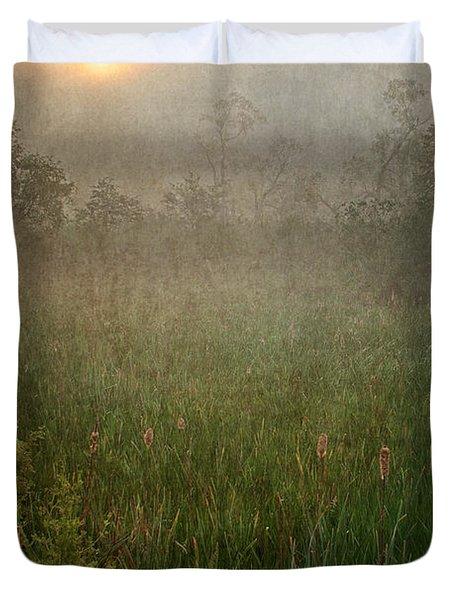 Spring Sunrise In The Valley Duvet Cover