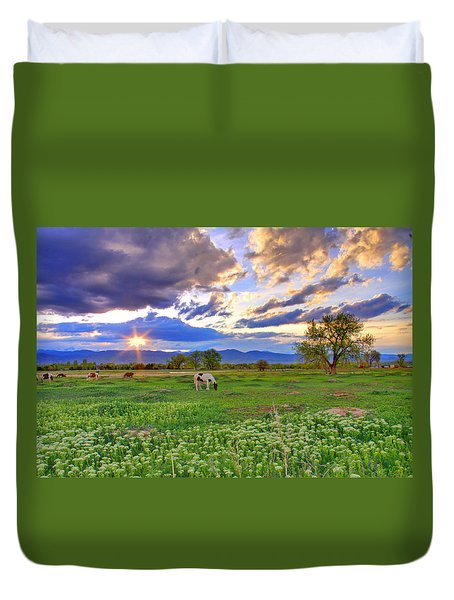 Spring Sunset Over The Rockies Duvet Cover