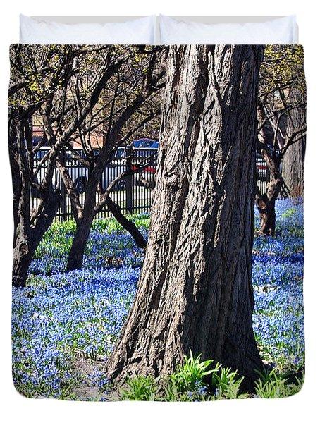 Springtime In The City Duvet Cover