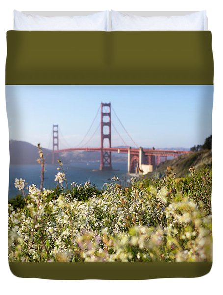 Duvet Cover featuring the photograph Springtime On The Bay by Everet Regal