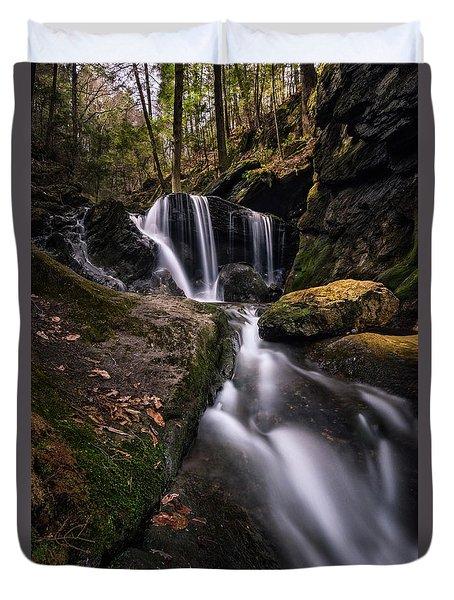 Sprucebrook Falls In Beacon Falls, Ct Duvet Cover