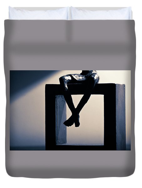 Duvet Cover featuring the photograph Square Foot by David Sutton