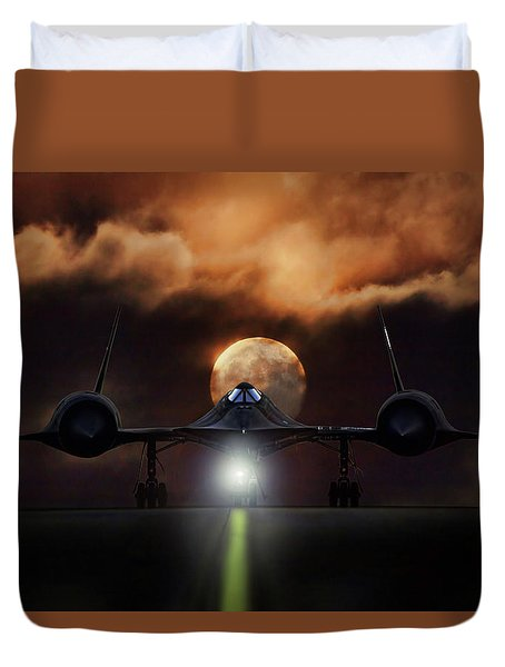 Duvet Cover featuring the digital art Sr-71 Supermoon by Peter Chilelli