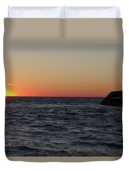 S.s. Atlantus At Sunset Duvet Cover by Greg Graham