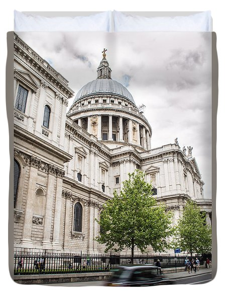 St Pauls Cathedral With Black Taxi Duvet Cover