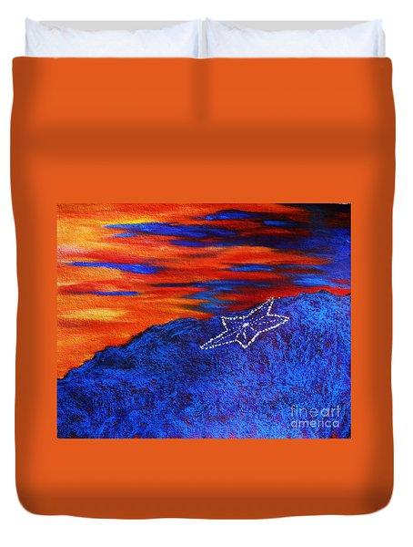 Star On The Mountain Duvet Cover