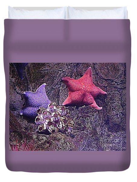 Starfish Pink Starfish Blue Duvet Cover by Richard W Linford