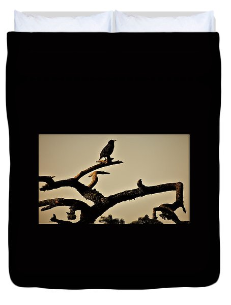 Duvet Cover featuring the photograph Starling by Karen Horn