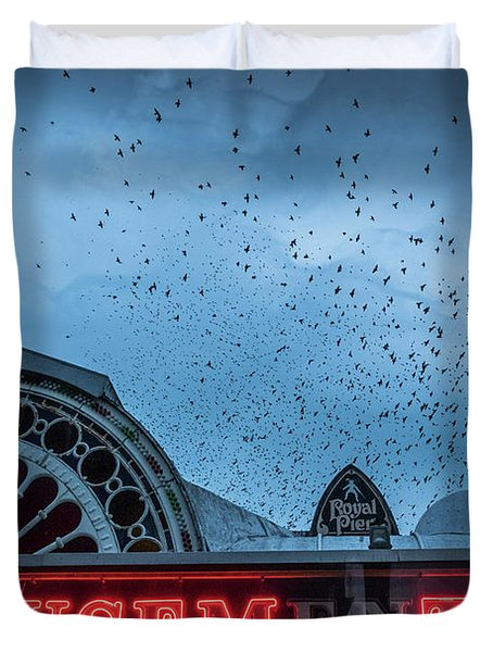 Starlings Over Aberystwyth Royal Pier Duvet Cover