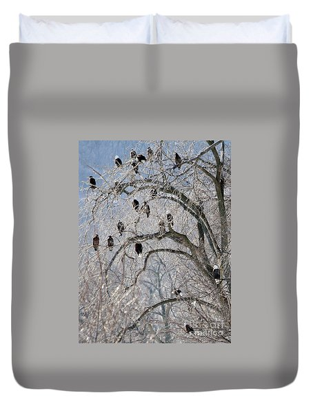 Starved Rock Eagles Duvet Cover