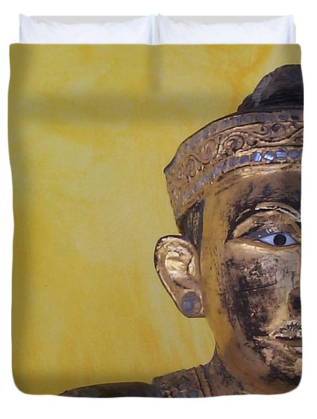Duvet Cover featuring the photograph Statue by Mary-Lee Sanders