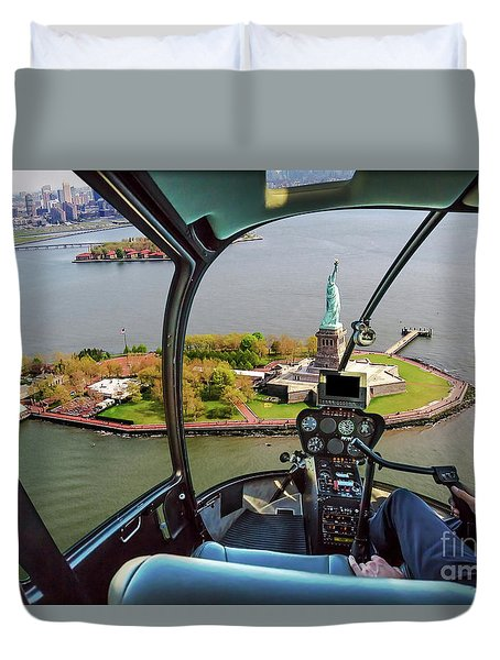 Statue Of Liberty Helicopter Duvet Cover