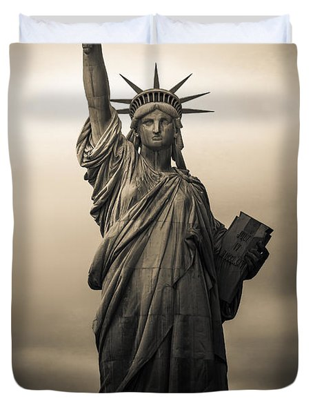 Statute Of Liberty Duvet Cover