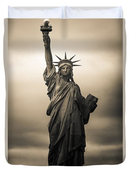 Statute Of Liberty Duvet Cover