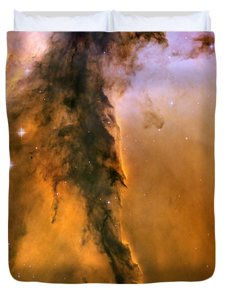 Stellar Spire In The Eagle Nebula Duvet Cover