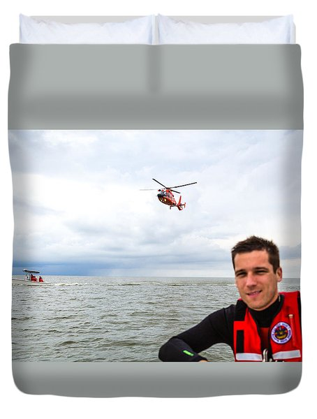 Duvet Cover featuring the photograph Stephen Nicoll by Gregory Daley  PPSA
