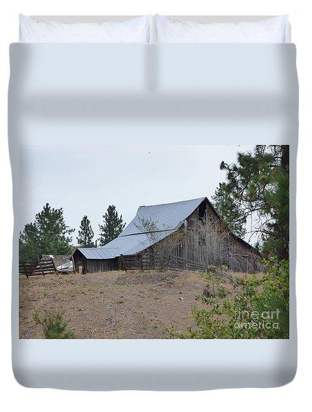 Stevens County Barn Duvet Cover