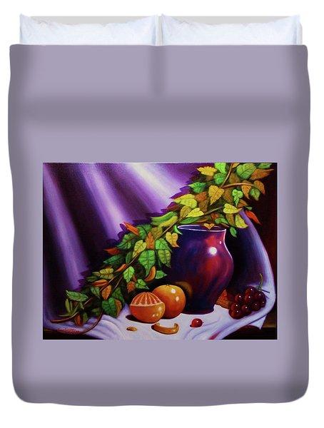 Still Life W/purple Vase Duvet Cover