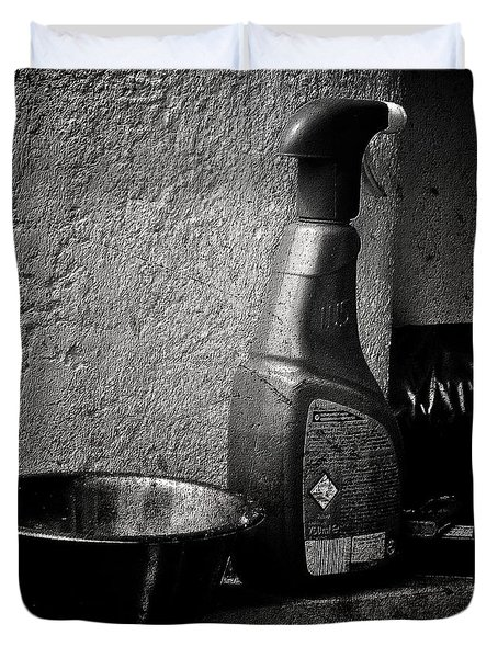 Still Life With Spraybottle - Still-leben Mit Spruehflasche Duvet Cover