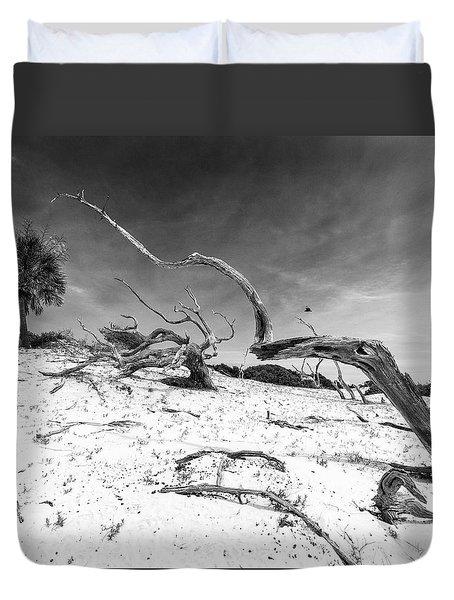 Duvet Cover featuring the photograph Still Reaching by Alan Raasch