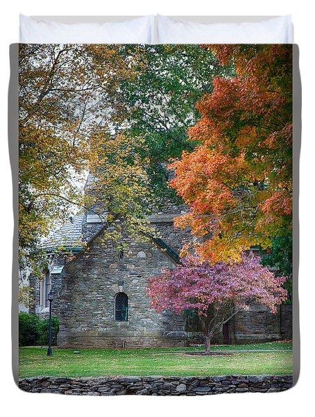 Stone Church In Pomfret Ct In Autumn Duvet Cover