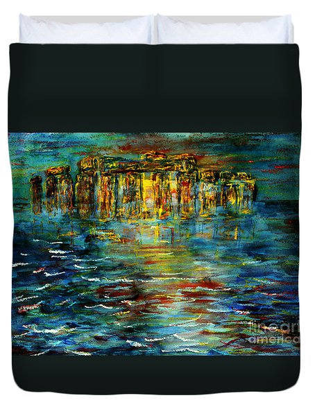 Stonehenge Arising Duvet Cover