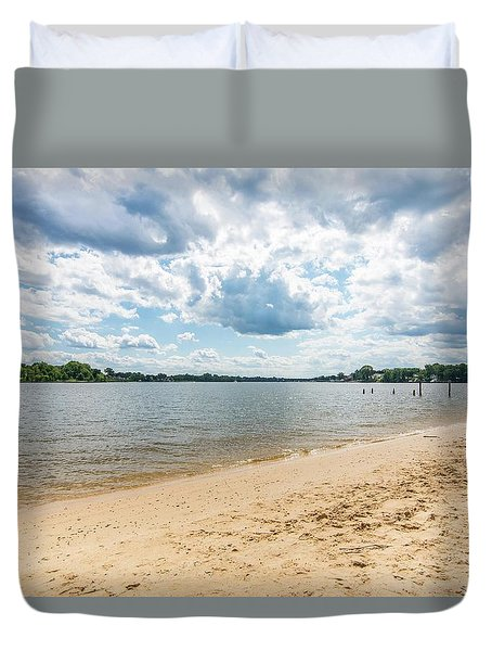 Duvet Cover featuring the photograph Stoney Creek by Charles Kraus