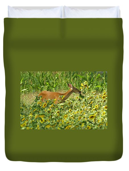 Stop To Eat The Sunflowers 7134 Duvet Cover