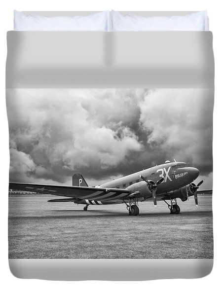 Storm Rider Duvet Cover by Jonathan Wintle