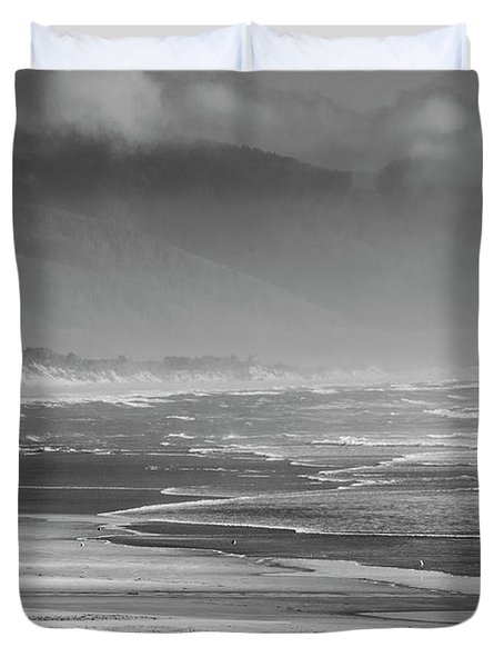 Stormy Oceanside Oregon Duvet Cover by Amyn Nasser