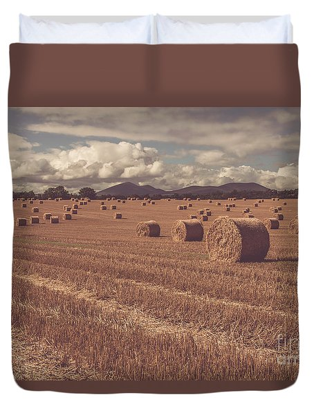 Straw Bales In A Field 4 Duvet Cover