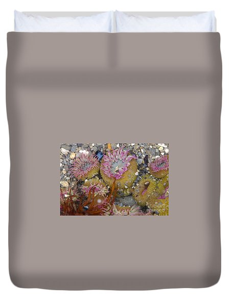 Strawberry Anemonies Duvet Cover
