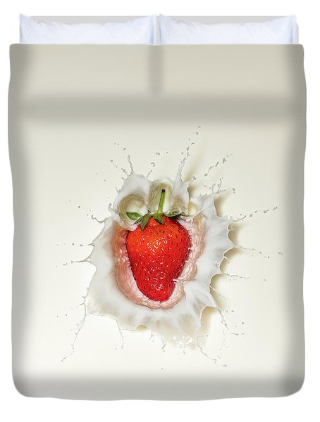 Strawberry Splash In Milk Duvet Cover