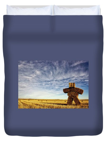 Strawman On The Prairies Duvet Cover