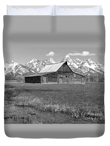 Streaming By The Moulton Barn Black And White Duvet Cover by Adam Jewell