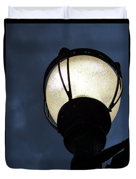 Street Lamp At Night Duvet Cover