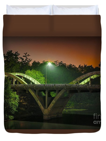 Street Light On Rogue River Bridge Duvet Cover by Jerry Cowart