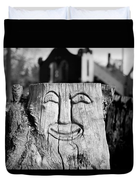 Stump Face 1 Duvet Cover
