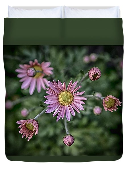 Stylized Daisies 2 Duvet Cover
