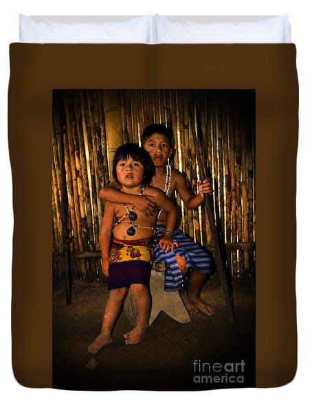 Duvet Cover featuring the photograph Sucua Kids 901 by Al Bourassa
