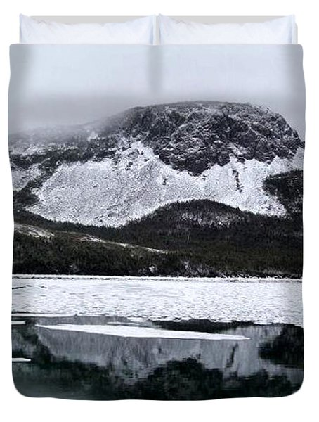 Sugarloaf Hill Reflections In Winter Duvet Cover by Barbara Griffin