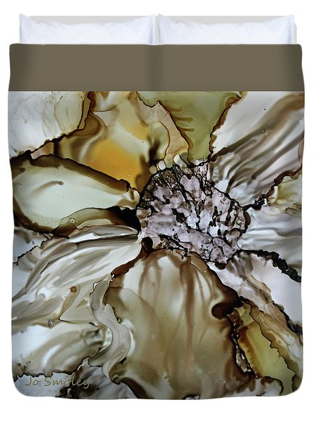Duvet Cover featuring the painting Sultry Petals by Joanne Smoley