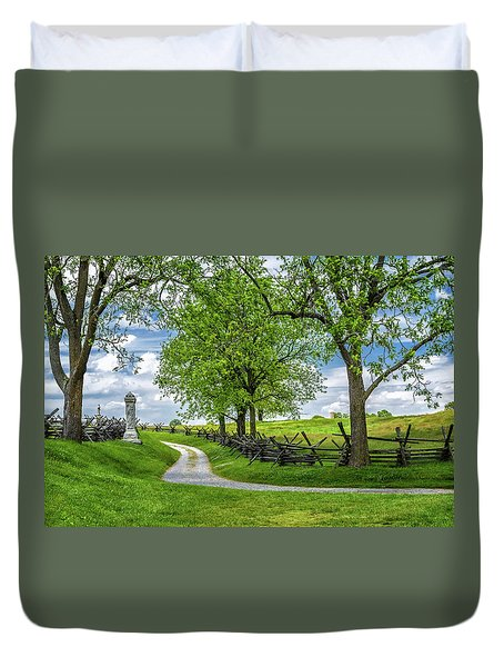 Duvet Cover featuring the photograph Summer At Antietam National Battlefield by Lori Coleman