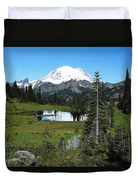 Duvet Cover featuring the photograph Summer At Lake Tipsoo by Lynn Hopwood