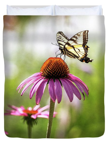 Duvet Cover featuring the photograph Summer Colors by Everet Regal