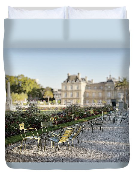 Summer Day Out At The Luxembourg Garden Duvet Cover